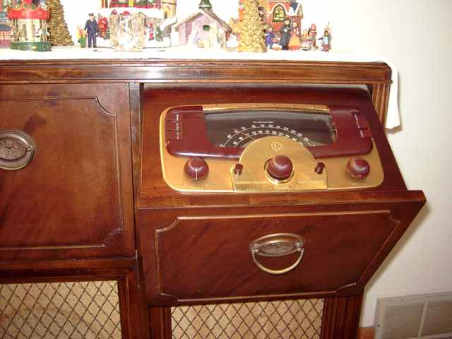 Year models zenith radio by G730 AM